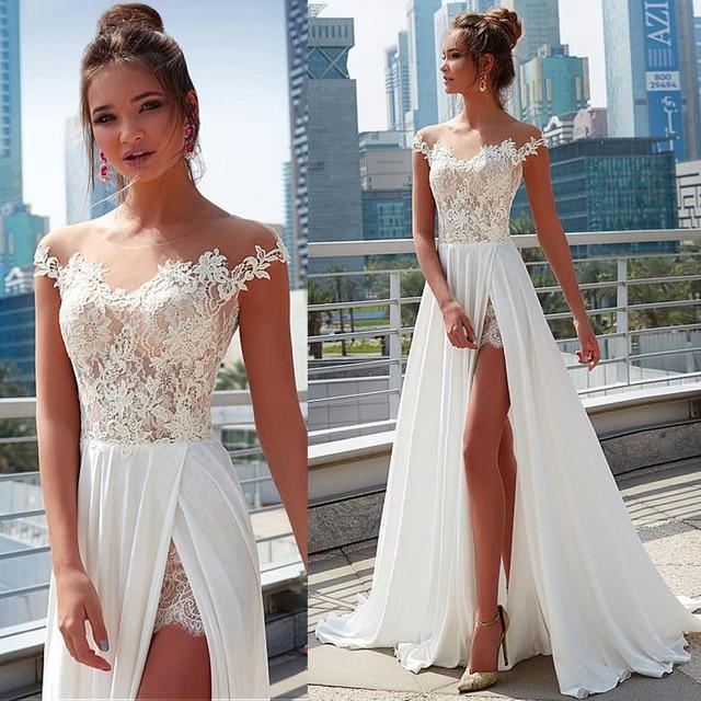 Laço encantador & chiffon sheer jewel decote a linha vestido de casamento com apliques de renda frente fenda praia vestido de noiva