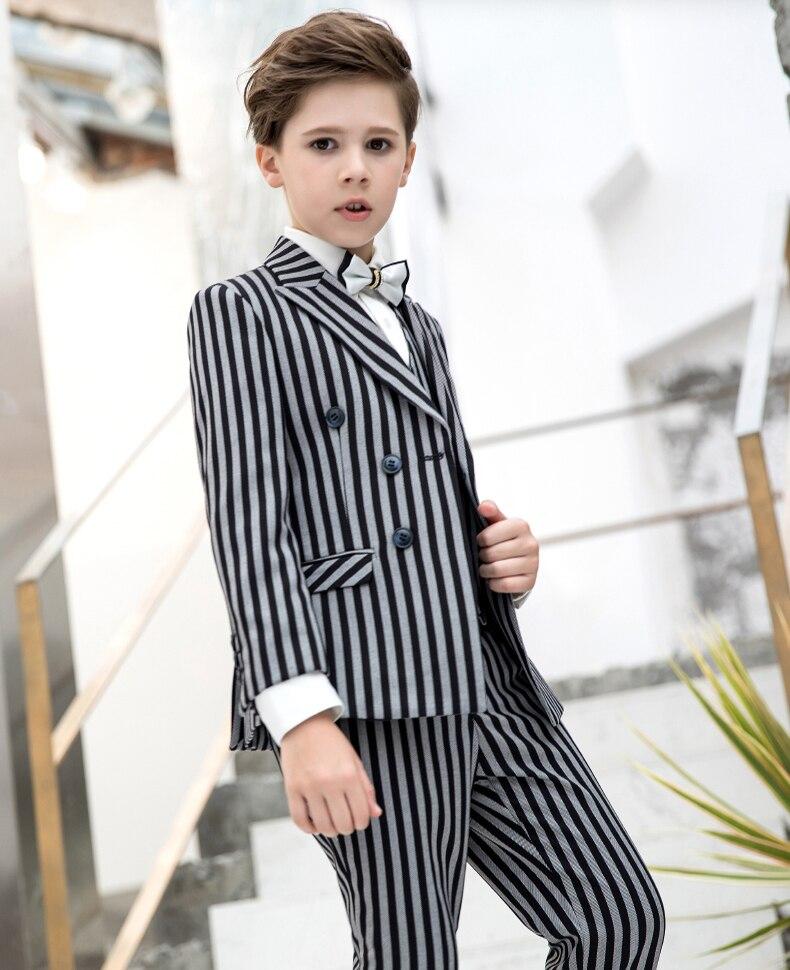 d262f277e Cada Principito necesita un buen traje. A los estándares medioambientales  europeos para la producción