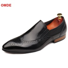 OMDE British Carved Pointed Toe Business Formal Shoes Men Fashion Brogue Loafers Slip On Genuine Leather Mens Dress Shoes