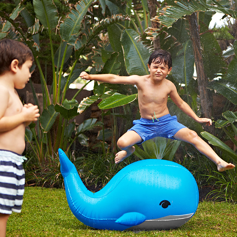 110cm Giant Blue Whale Yard Sprinkler Baby Children Adult Summer Backyard Outdoor Beach Lawn Inflatable Toys Pool Party Supply