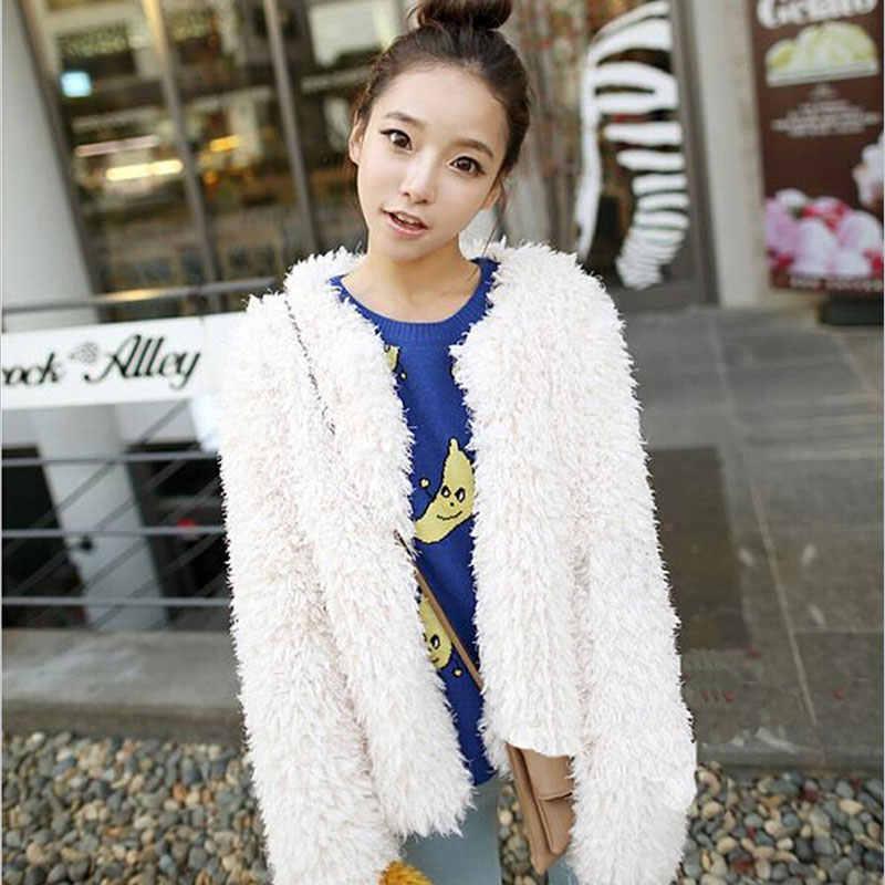 2018 冬の女性の毛皮コートレジャーファッションモンゴルの羊の毛皮暖かいフェイクファーコートジャケット黒と白の純粋なかわいい豪華なコート