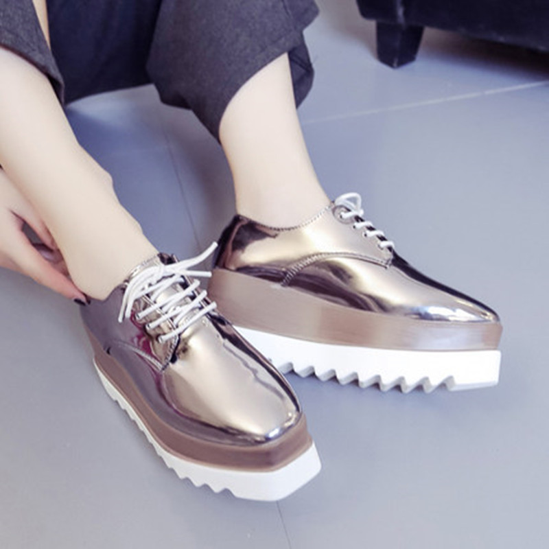 Flats 2018 Spring Casual Solid Women Shoes Patent Leather Lace-Up Casual Shoes Flat Platforms British Style Ladies Oxfords top quality genuine leather oxfords for women gold sliver mixed colors female british style spring autumn casual flat shoes