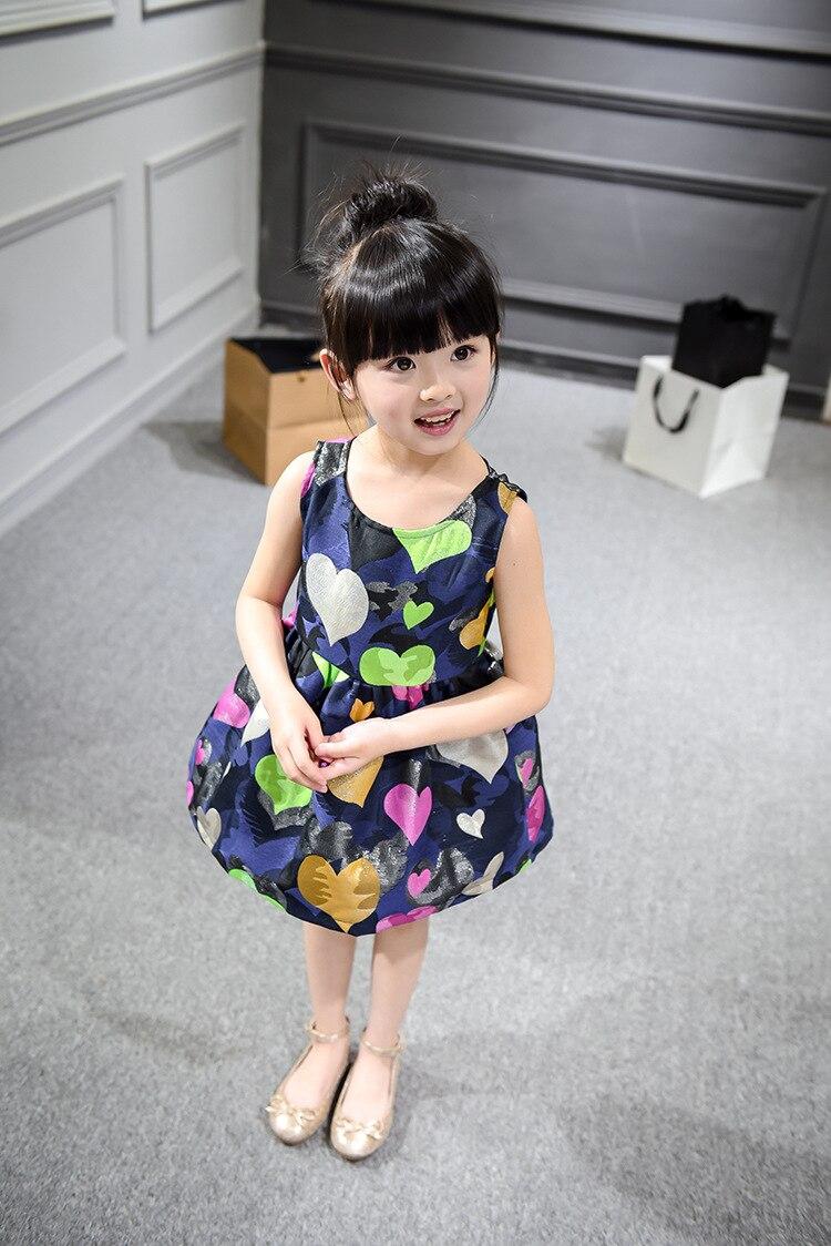 2018 nuova estate vestito ragazza piena di amore della maglia capretti del  vestito della ragazza vestiti abbigliamento per bambini 3-7 anni  Dropshipping ... 21d37af9bb0