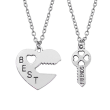 Fashion Heart Best Friend Necklace Women 2 Pcs/Set Hollow Love Key Stitching BFF & Pendant Jewelry Gift Chain
