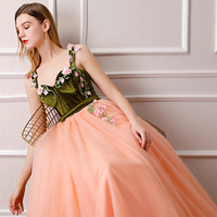 2018 Amazing New Arrival Straps 3D Flower Green Velvet Peach Pink Vintage Arabic Popular Prom Evening Dresses Custom Made