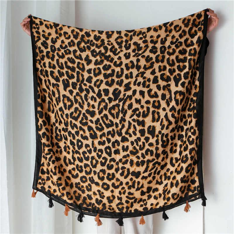 Donna Sciarpa Della Spiaggia di Marca di Lusso Primavera Viscosa Grande Sciarpa Del Hijab Naturale di Origine Animale Sciarpa Della Stampa Del Leopardo Dei Capelli Delle Donne Sciarpe Alla Moda