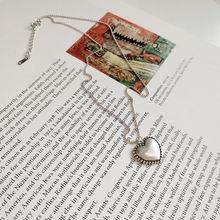 925 Sterling Silver Vintage Heart Designed Pendant Necklace