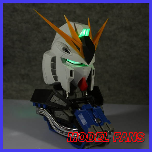 MODEL FANS Magic Toys   assembly  Gundam model 1:35 RX-93 V Gundam Head with four special effects Free shipping model fans m3 model pg 1 60 red heresy gundam special large sword backpack gift water paste free shipping