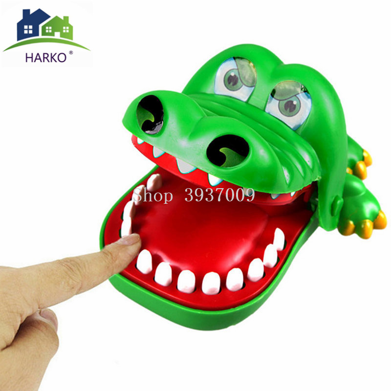 2019 Hot Sale New Creative Large Size Crocodile Mouth Dentist Bite Finger Game Funny Gags Toy For Kids Play Fun