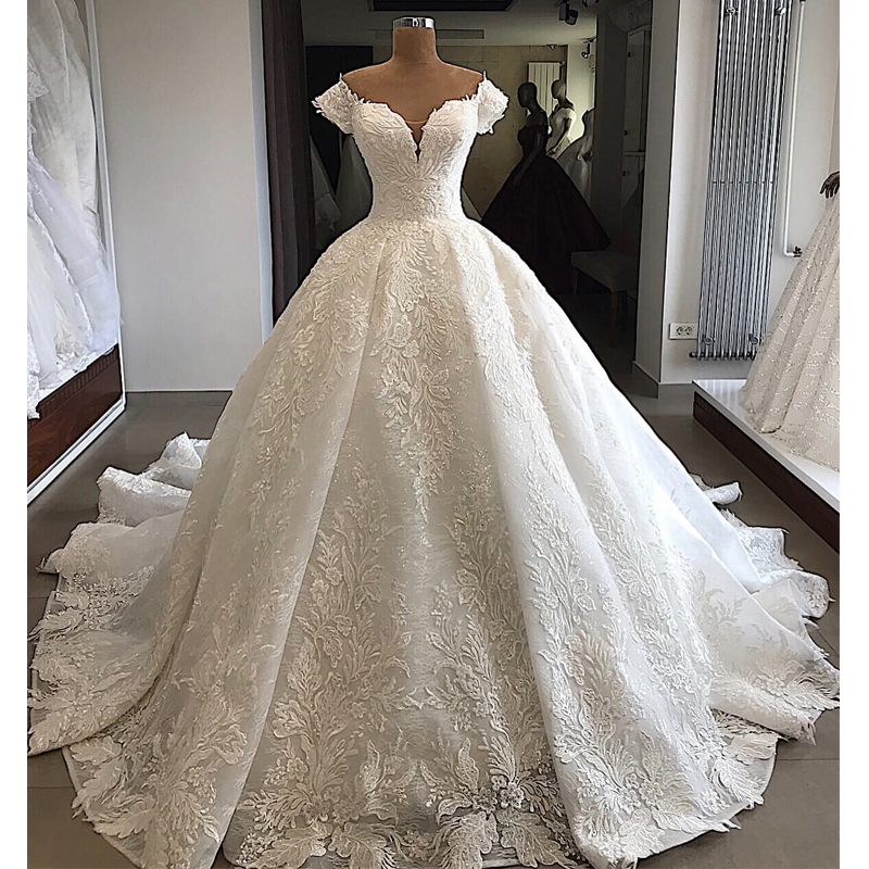 Robe De Mariee Luxury Customized Appliques Lace Wedding Dress 2019 Sweetheart Lace Up Back Wedding Gowns Court Train Dress