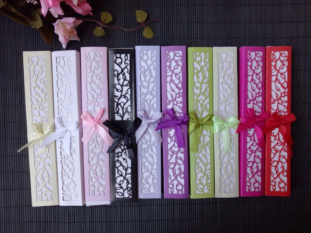 50 stks/partij Gepersonaliseerde Luxe Zijde Fold kant Fan in Elegante Laser Cut Gift Box + Feestartikelen/bruiloft geschenken + afdrukken-in Feest bedankjes van Huis & Tuin op  Groep 2