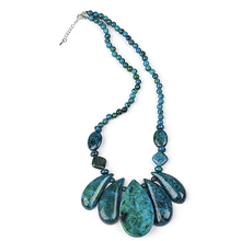 цена на The  C-h-r-y-so-coll-a  st-one necklace with a pendant  Color mixing 6-50 mm necklace
