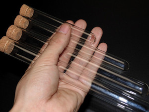 Image 5 - 50 ピース/ロット 20 ミリメートル * 150 ミリメートルガラス試験管コルクシガー包装実験室ガラス製品送料無料