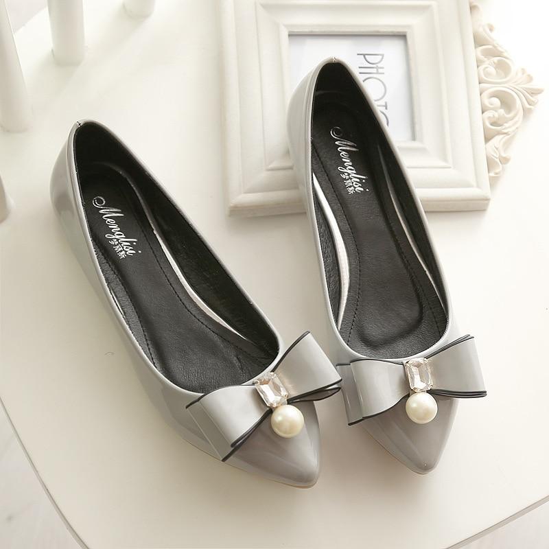 a4ec2d660 Pearl 2018 обувь на плоской подошве сандалии для девочек острый носок со  стразами и бантом кожаные туфли без каблука Zapatos Mujer diomand