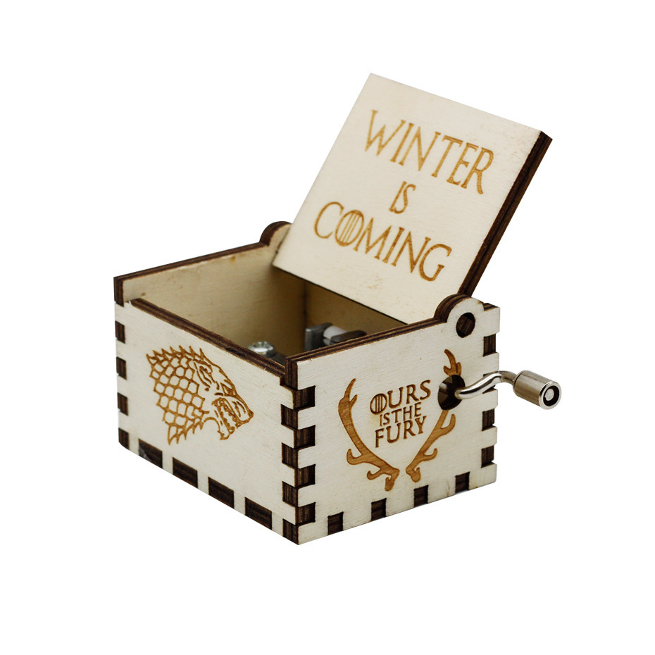 New Carved Queen Music Box Star Wars Game of Throne Castle In The Sky Hand Cranked Wood Music Box Christmas Gift - Цвет: GOT