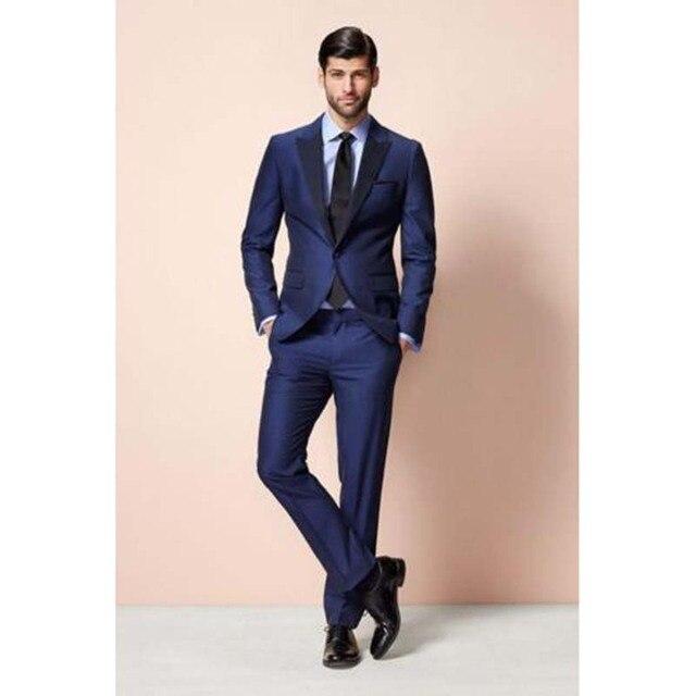 Mens Trajes 2017 moda moderna terno slim fit hombres azul formal del baile  padrinos Esmoquin mejor 94db9606ed6