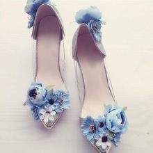 Sweet Blue Flower Decor Wedding Shoes Bride Pointed Toe String Bead Women Shoes High Heel Slip-on Ladies Pumps Real Photo цена в Москве и Питере