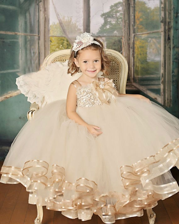 2017 Cute vintage champagne pageant Flower Girl Dress floor Length Handmade floral Girl vestidos Party gown Ball for Baby