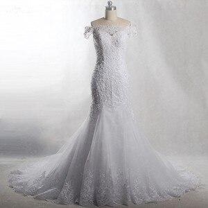 Image 1 - RSW903 Yiaibridal prawdziwa praca perły frezowanie Off The Shoulder krótkie rękawy sukni ślubnej o kroju syreny, 2018