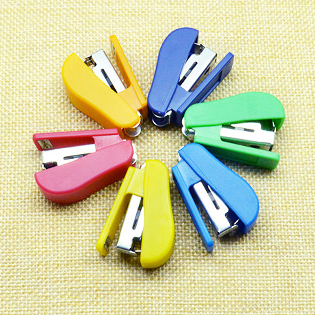 FangNymph Kawaii Mini Small Stapler Staple Student Gift Stapling Grampeador Stationery Office Accessories School Supplies