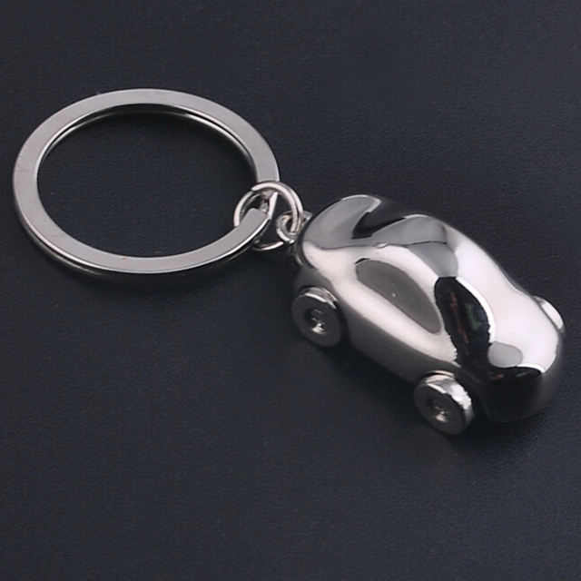 Car Key Chain Metal Car Key Ring Key Holder Gift Personalized Chains Vintage Car Keychain Car Styling Accessories Decoration