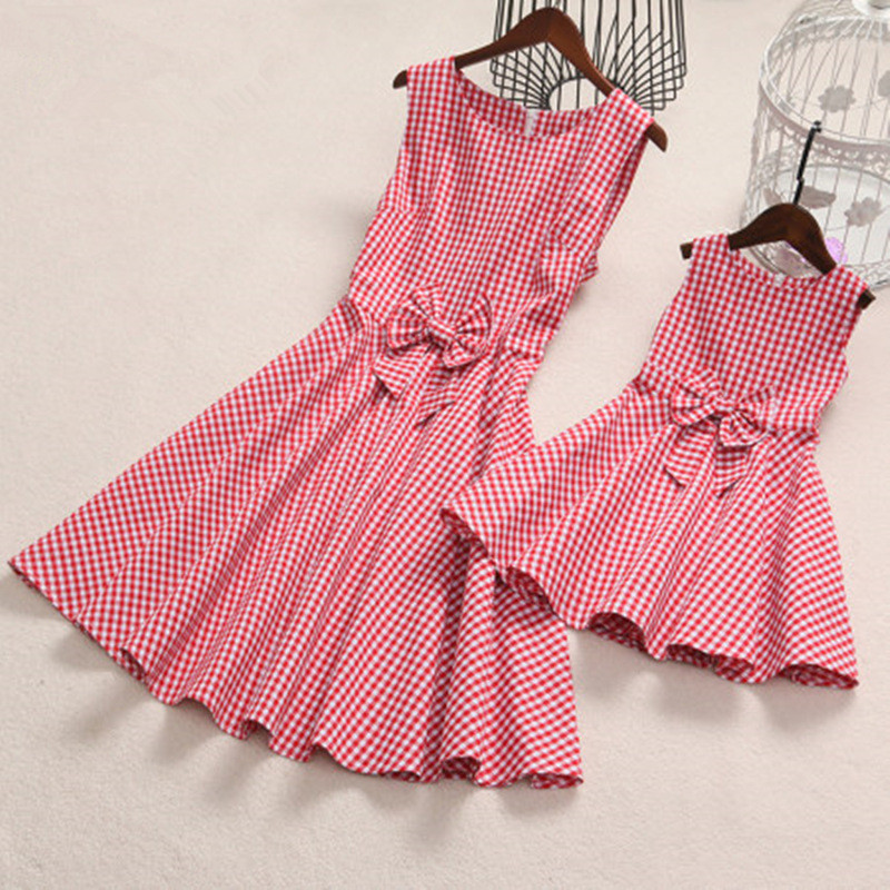 Family Matching Clothes Women Retro Dress Mother and Daugther Plaid Vintage Dress Vestidos Summer Family Match Outfits H0098