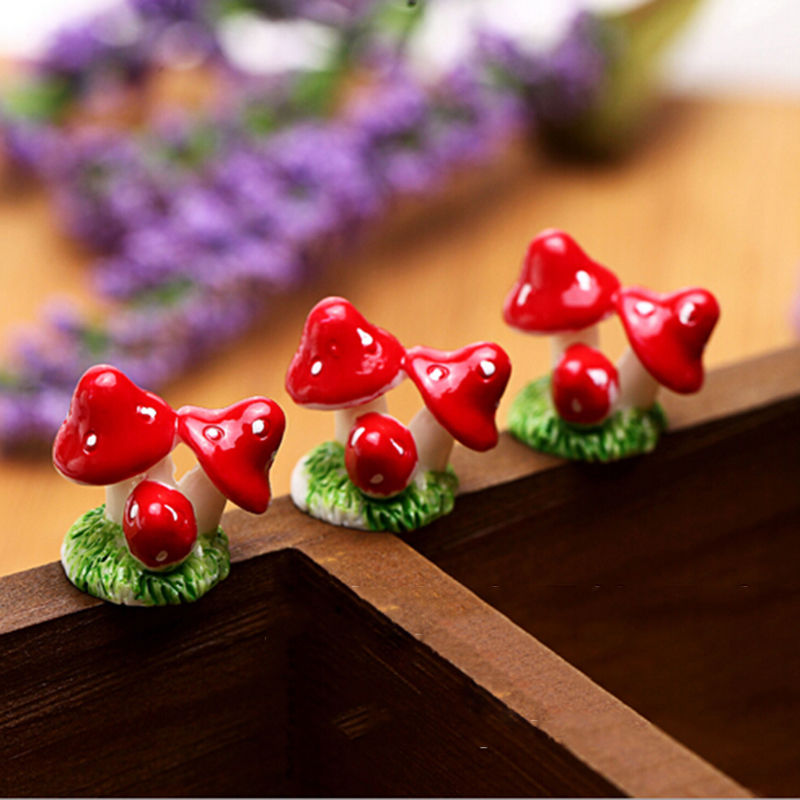 Red Mini Mushroom Resin Crafts Fairy Garden Miniatures Garden Ornament Decoration Terrarium Figurines Decor DIY Dollhouse