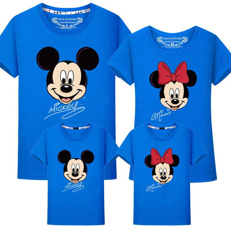 ครอบครัวจับคู่เสื้อผ้าเด็ก Minnie Mickey tee famille ผ้าฝ้ายลูกสาวการจับคู่ชุดเสื้อ maman ผู้หญิงครอบครัวดู Tshirt