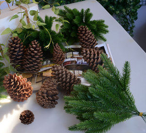 Image 1 - 1 חבילה מלאכותי פרח מזויף צמחי ענפי אורן עץ חג המולד מסיבת חג המולד קישוטי חג המולד עץ קישוטי ילדים מתנה