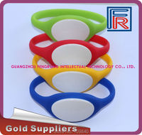 125khz RFID waterproof wristband/bracelet with em chip for swimming pool/spa/access control/fitness
