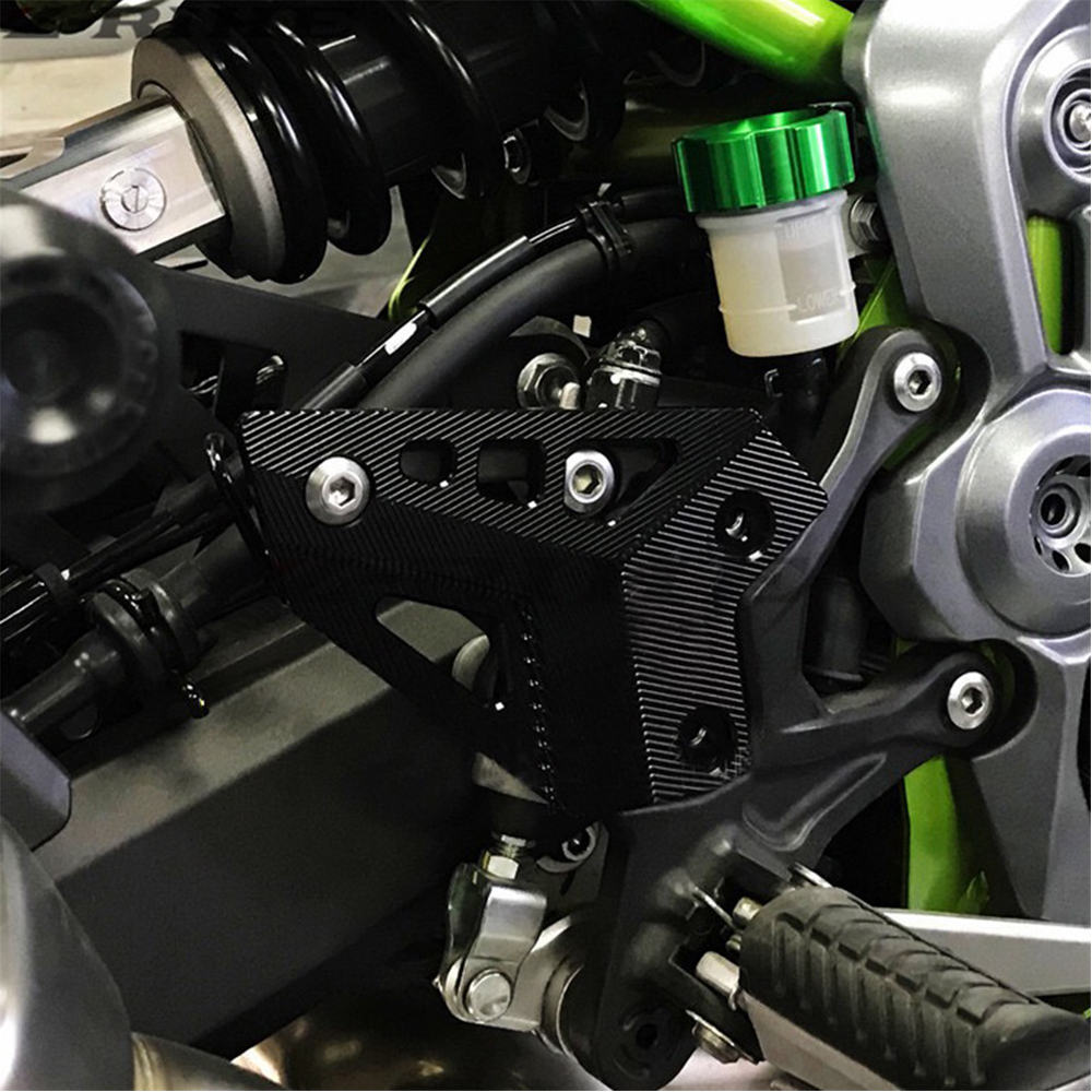 Motorcycle CNC Aluminum Foot Peg Protector Heel Protective Cover Guard For Kawasaki Z900 Z 900 2017 2018 Accessories in Covers Ornamental Mouldings from Automobiles Motorcycles