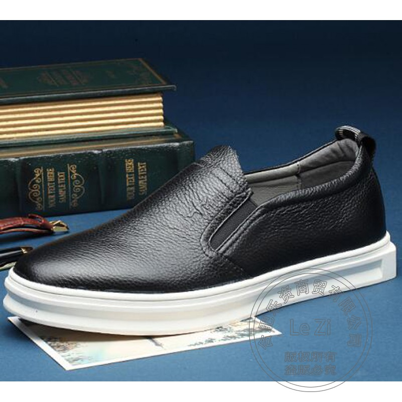 ФОТО Uniform Cowhide Young Girl Men Shoes Luxury Brand Loafers Embossed Leather Small Fresh Dimensiona Plain Men's Loafers Dazzling