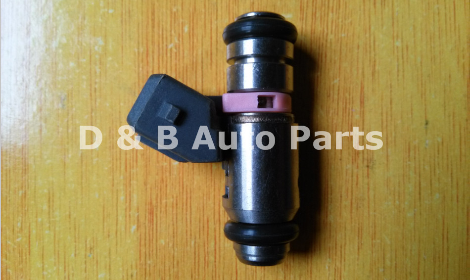 4pcs / Lot 100% Brand New Fuel Injectors IWP099 Injection Nozzles for Peugeot 206 Renault : Clio 1.0 16V ; Magane 1.0 16V ...