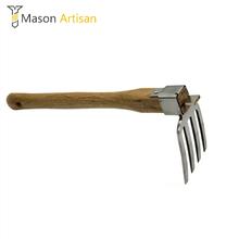 1 sztuka ogrodnictwo grabie kultywator rolnictwo trawa przycinanie grabie stal nierdzewna drewno uchwyt wróżka narzędzie ogrodowe tanie tanio Mason Artisan w08173 Ogród prowizji WOOD STEEL