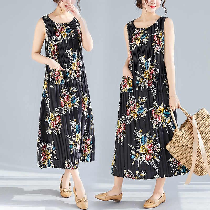 b4f40b103b1e ... Summer Dresses Women Floral Print Stretch Pleated Wild Plus Size Vintage  Tank Dress Female Lady Fashion