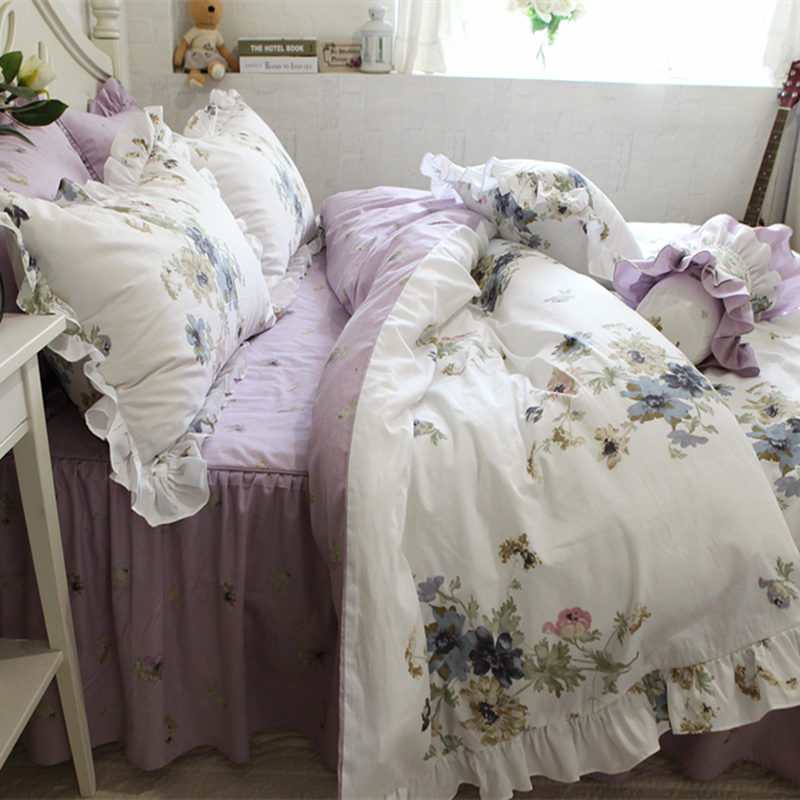New purple print bedding set elegant flower ruffle duvet cover quality fabric bed sheet bedspread bed clothes home textile saleNew purple print bedding set elegant flower ruffle duvet cover quality fabric bed sheet bedspread bed clothes home textile sale