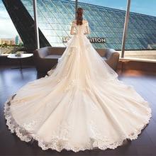 2019 New Bride Wedding Dress Elegent Champagne Lace Flower Shoulderless Romantic Royal Train Wedding Dress Luxury Vintage