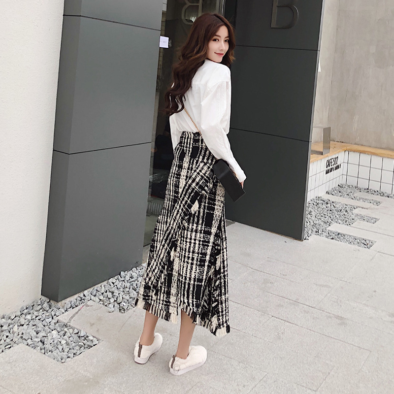 Image 3 - LONG SKIRTS WOMEN GIRL SKIRT 2018 show thin tweed grid show legs long qiu dong irregular knitted long restoring ancient ways-in Skirts from Women's Clothing