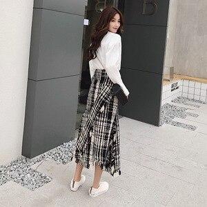 Image 3 - LONG SKIRTS WOMEN GIRL SKIRT 2018 show thin tweed grid show legs long qiu dong irregular knitted long restoring ancient ways