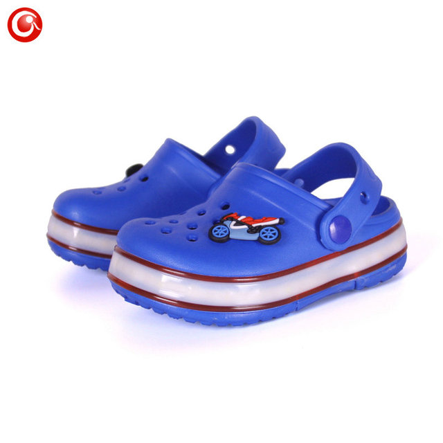 2016 Summer Children's Slippers With LED Lights Baby Beach Sandals Kids Boys Girls EVA Anti-skid Kids Slippers Wholesale