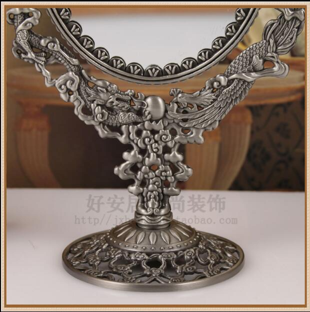 Ev ve Bahçe'ten Dekoratif Aynalar'de Avrupa çift yüzlü retro büyük boy masa ayna makyaj masası aynası hediye büyüteçli ayna ev dekor için büyük aynalar J027'da  Grup 3