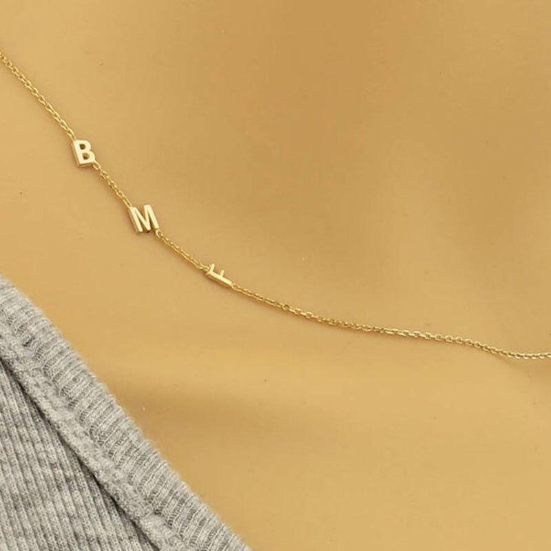 дешево!  Персонализированные Боковое Начальное Ожерелье Золотое Боковое Письмо Ожерелье Макси Колар A-Z 26