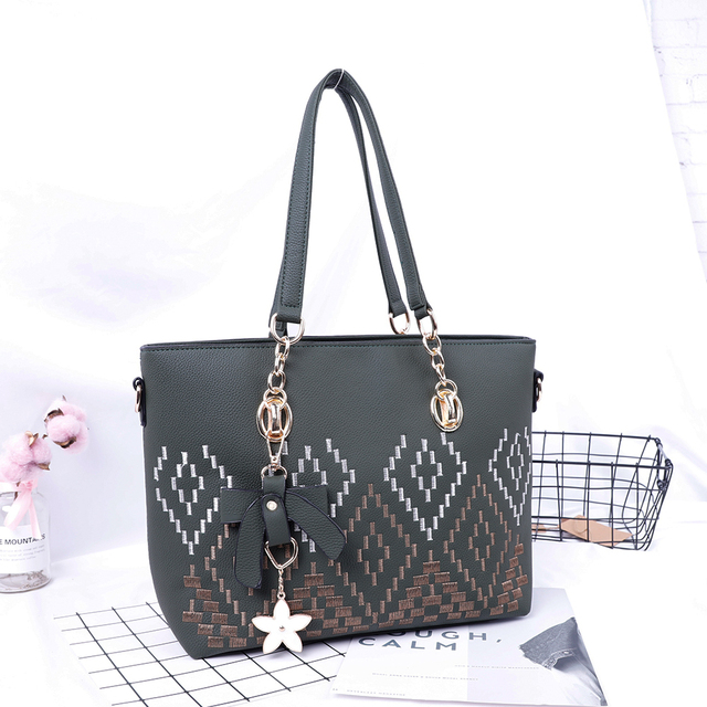904a9a8fca44c 2018 latest fashion handbags China online shopping big Embroidery shoulder  bags with flower decoration tote bag SH661