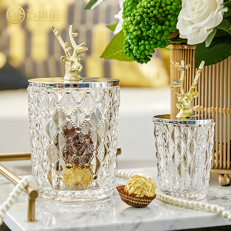 Réservoir de stockage en verre de ménage américain tête de cerf en métal de haute qualité réservoir de stockage en cristal de luxe bouteille de bonbons pot de nourriture boîte à bijoux