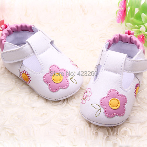 PU-Leather-Baby-Shoes-Newborn-Flat-First-Walkers-Princess-Soft-Bottom-Pre-walker-Shoes-3