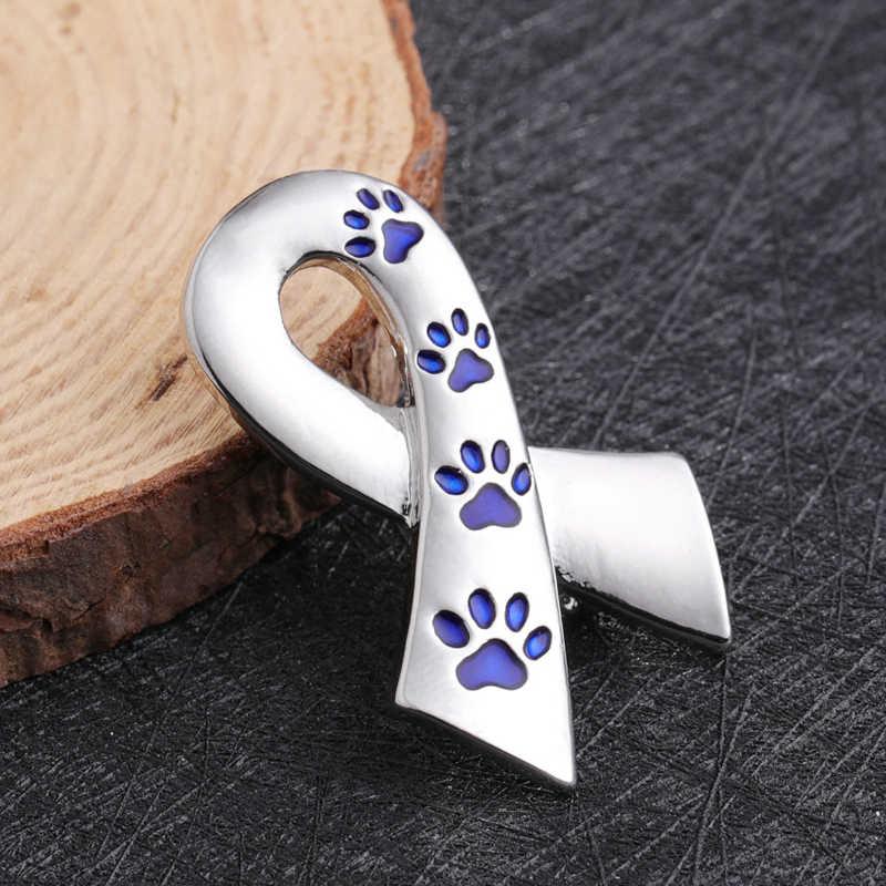 Pita Sutra Bros Wanita Enamel PET Paw Cetakan Pin dan Bros Kucing Anjing Memorial Pin Hitam Biru Bros Logam Sutra satin Lencana