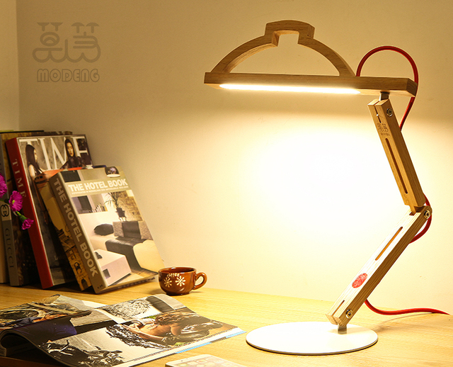 Simple Elegant Style Modeng Led Wooden Desk Lamp Office Table Made Of America Red