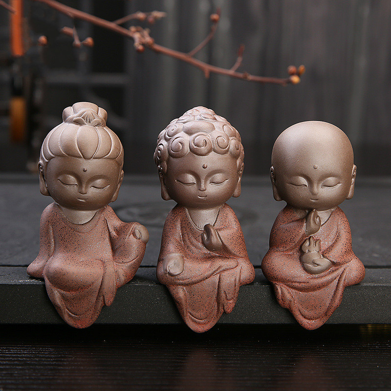 Ceramic Klin Monk Buddha Statues Buddhist Sculptures Tathagata Cute Budha Home Garden Decoration Buda Table Ornaments Boutique