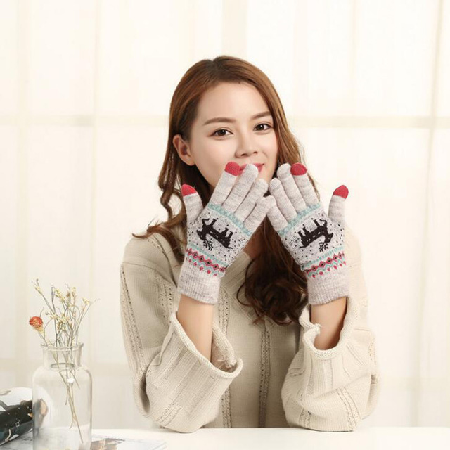 Autumn Winter Female New Cute Cartoon Deer Knitted Warm Gloves Girl Women Fashion Faux Wool Knit Full Finger Mittens Gloves A12