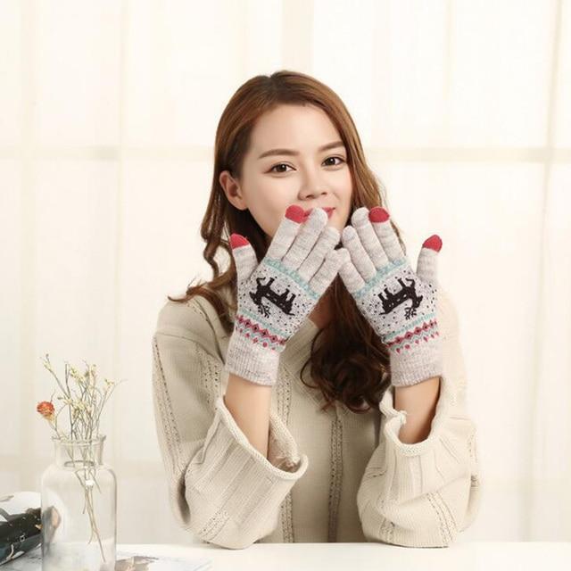 Autumn Winter Female New Cute Cartoon Deer Knitted Warm Gloves Girl Women Fashion Faux Wool Knit Full Finger Mittens Gloves A12